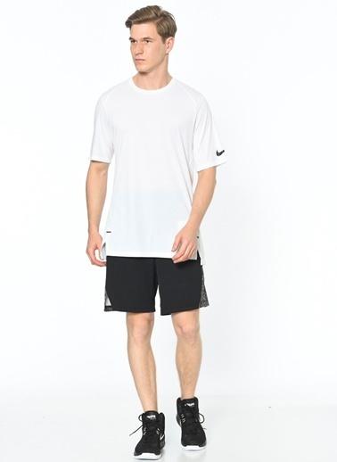 Nike Bisiklet Yaka Tişört Beyaz